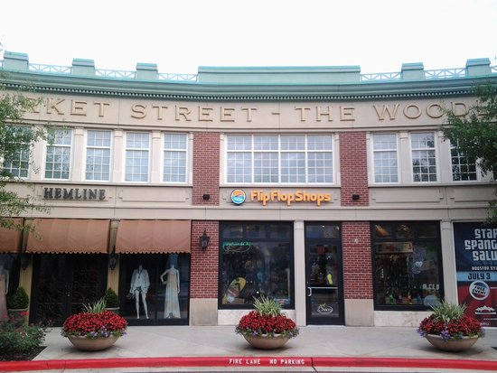 Market Street The Woodlands: Meeting Street @ The Woodlands TX