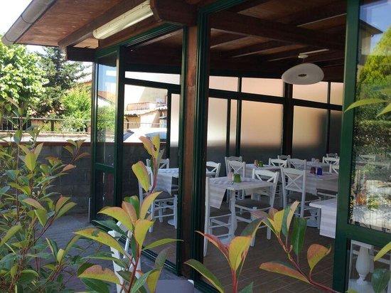 San Giuliano Terme, Italy: la veranda di controcorrente. ..