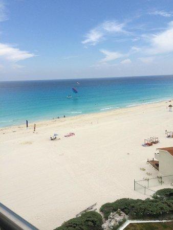 Le Blanc Spa Resort: Partial Ocean View Room