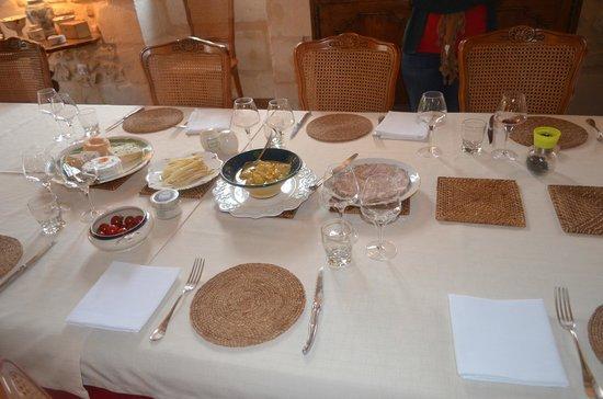 Chambres d'hotes Saint Emilion Bordeaux: Beau Sejour: Break Fast