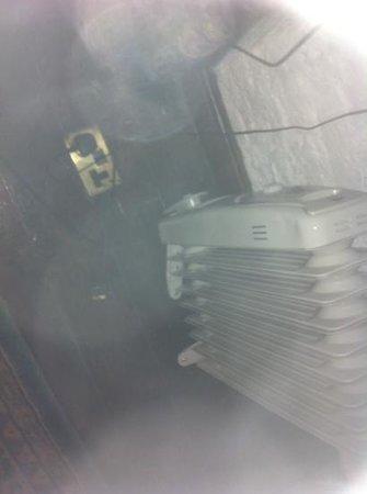 Kinnitty Castle Hotel : broken heater