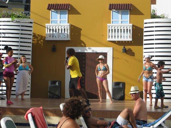 Decameron Cartagena: Escenario de show