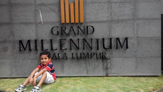 Grand Millennium Kuala Lumpur : Mith Singapore