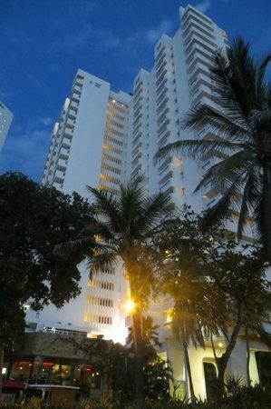 Decameron Cartagena: Fachada del hotel