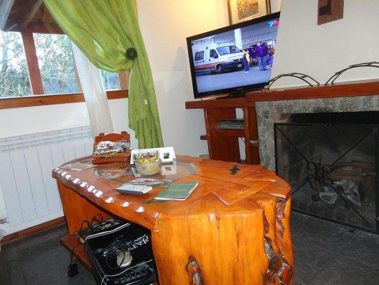 Rotui Apart Hotel: Còmodo y con muebles artesanales