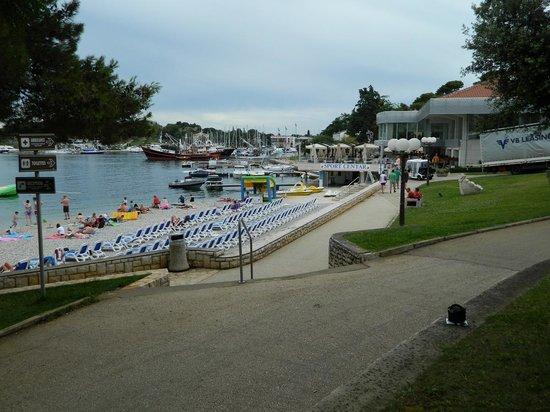Resort Belvedere: strand en restaurants