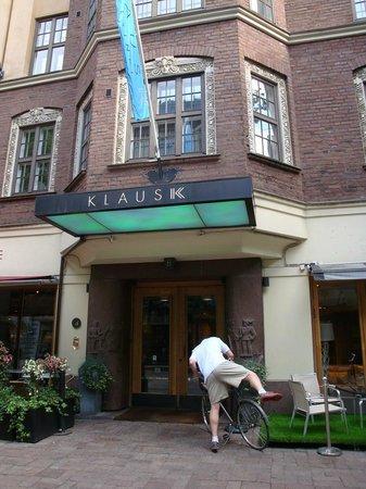 Klaus K Hotel: Hotel Front