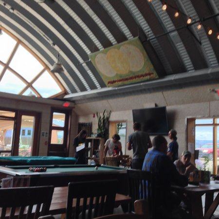 Taos Mesa Brewing: Pool tables inside