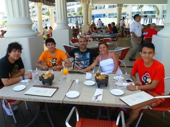 Hyatt Zilara Cancun: En Pelicanos
