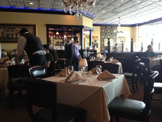 Royal Taj: Restaurant interior