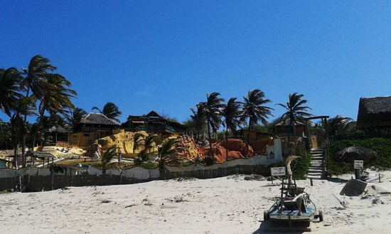 Majorlandia Beach : Praia Majorlândia  - Canoa Quebrada, Ceará, Brasil