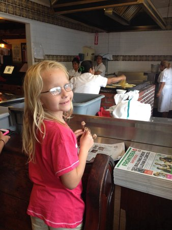 Old Town Mexican Cafe: Our daughter loved watching the ladies make the tortillas!