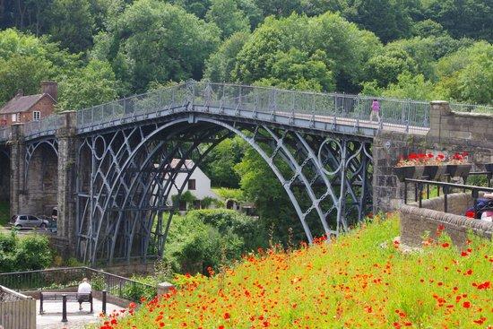 The Iron Bridge and Tollhouse: Iron Bridge