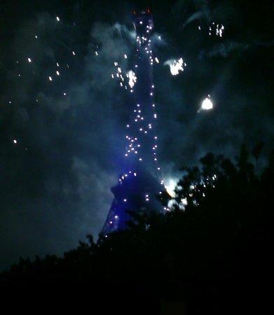 Tour Eiffel : Fantastic fireworks