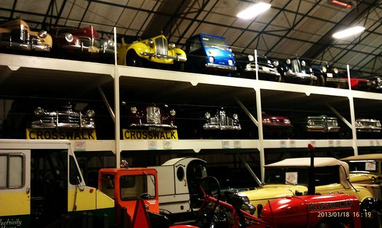 LeMay Museum at Marymount: Stacking Cars