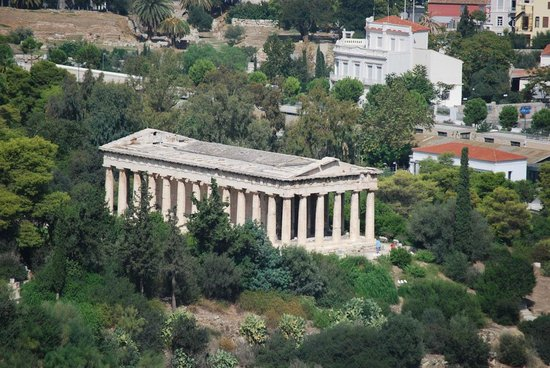 Temple of Hephaestus: Zoom view from Acropolis