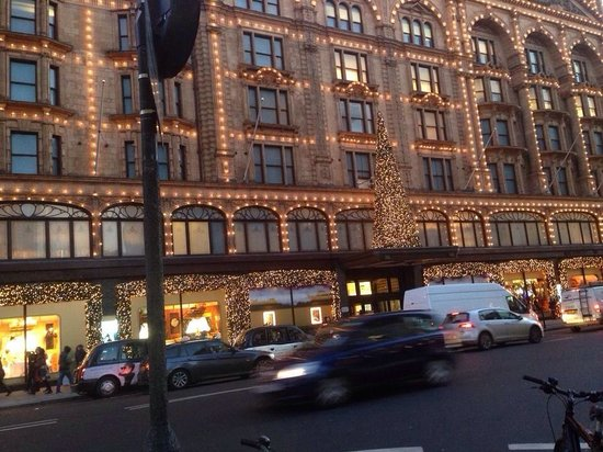 Harrods : At Christmas