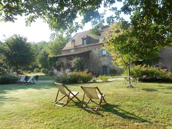 La Roche d'Esteil: One view of the main house