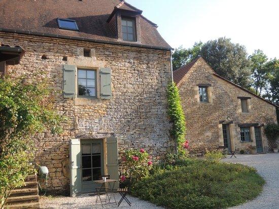 La Roche d'Esteil: Another view of the property