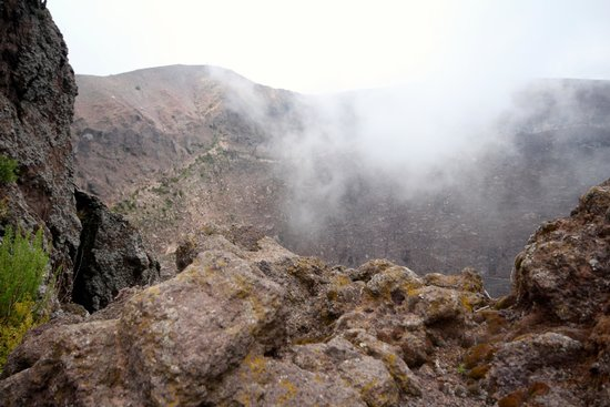 Made In Italy Day Tours: The Crater