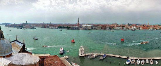San Giorgio Maggiore : Vista paorâmica de Veneza vista da Chiesa.