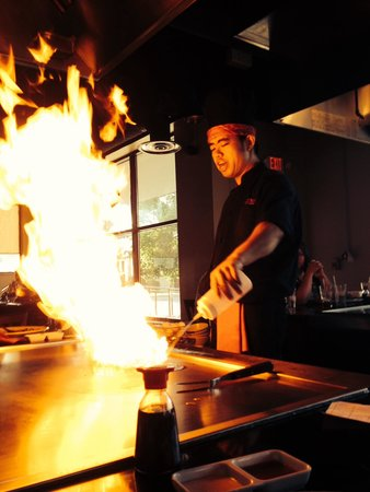 Kobe Seafood and Steakhouse: The opening act