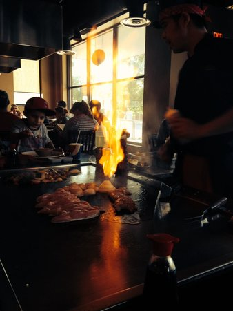 Kobe Seafood and Steakhouse: Onion Volcano