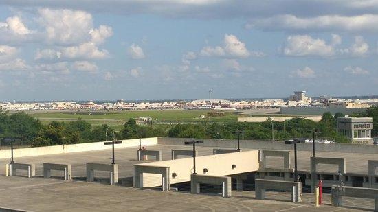 Hotel Indigo Atlanta Airport College Park: Great Airport View!