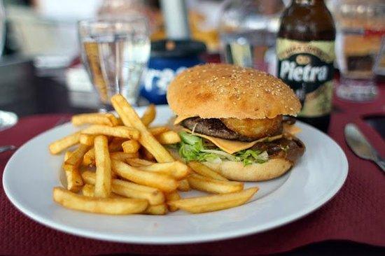 Calvi Burger