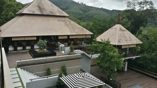 Villa Zolitude Resort and Spa : 180 view and grill restaurant.