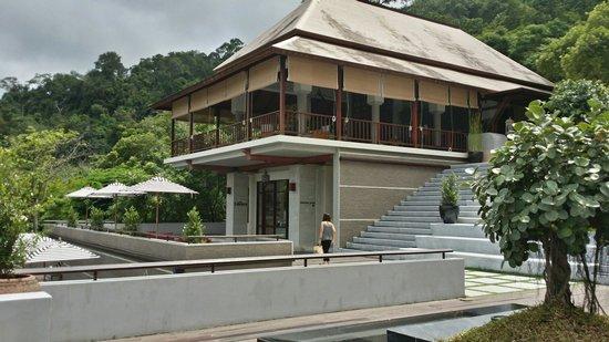 Villa Zolitude Resort and Spa : Lobby view from restaurant.