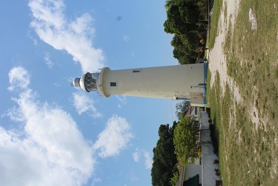 Negril Lighthouse: lighthouse from seaside