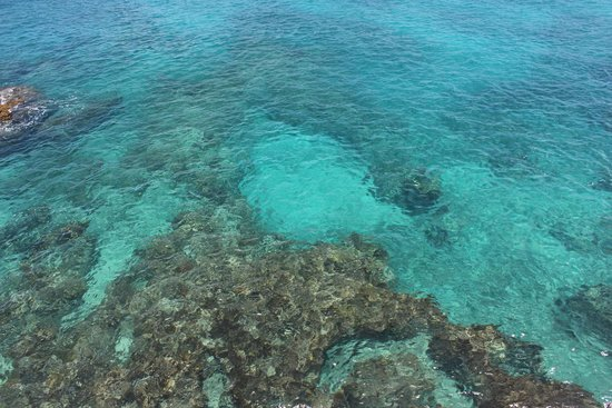 Negril Lighthouse: crystal clear water