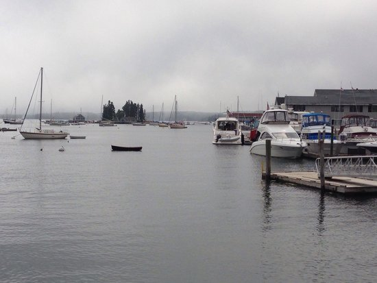 Boathouse Bistro Tapas Lounge & Restaurant : Boothbay in the fog
