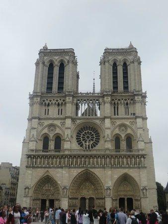Catedral de Notre Dame: Catedral de Notre-Dame