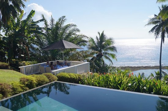 Taveuni Palms Resort: Bula deck for Breakfast, lunch or dinner