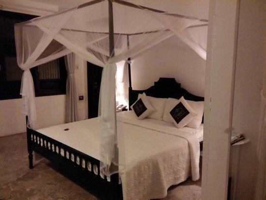 Hoi An Ancient House Resort & Spa : Chambre deluxe