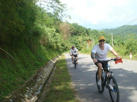 Footprint Vietnam Travel Day Tours : more mountain biking north vietnam