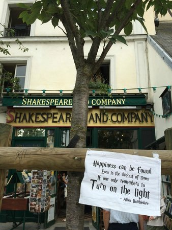 Librairie Shakespeare and Company : Shakespeare and Company Bookstore