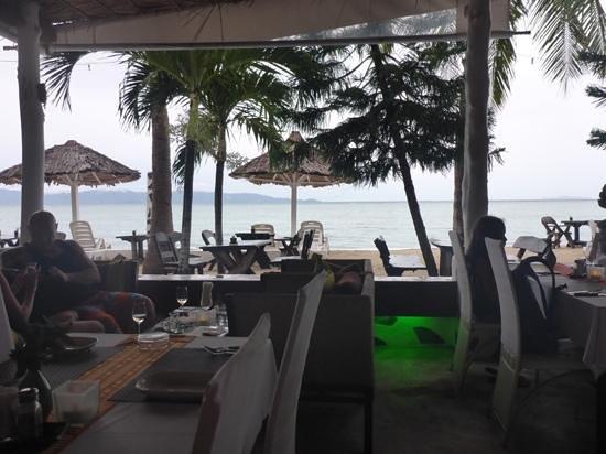 Milky Bay Resort: Blick vom Restaurant