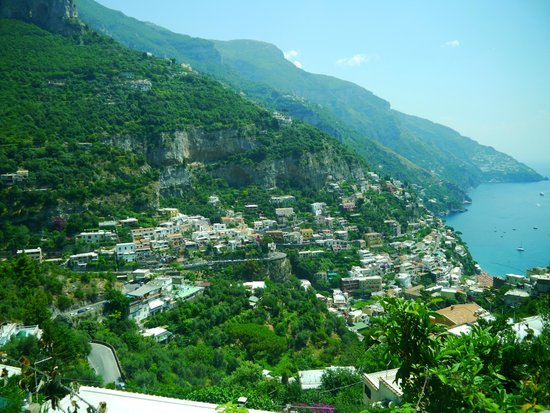 Iaccarino Sorrento Limousine Service: Beautiful Amalfi Coast
