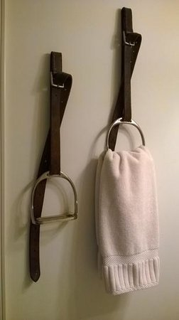 The Inn at Westwynd Farm: love these towel holders
