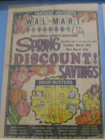 The Walmart Museum: Old flyer