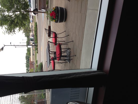 Vicky's: outdoor seating is available