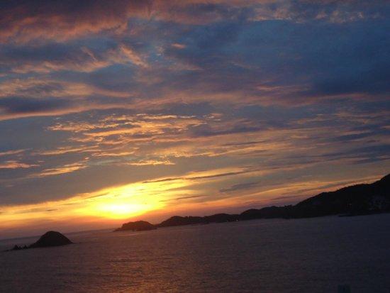 Pacifica Resort Ixtapa : Otro atardecer