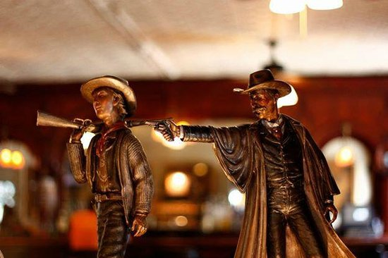 Saint James Hotel & Restaurant: Wild West comes alive here!