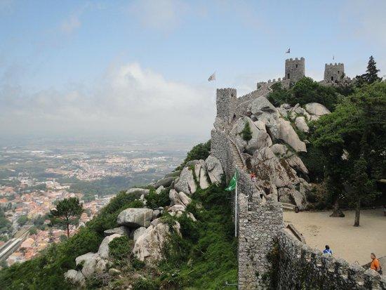 Castle of the Moors : La bella vista de una de las torres del Castillo de los Moros