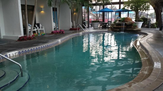 Sun Viking Lodge: Indoor Pool