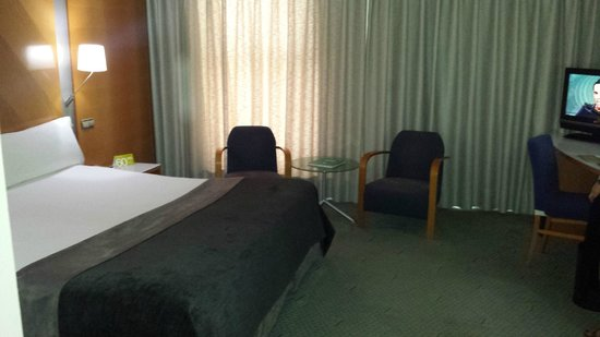 Hotel Exe Plaza: Habitación