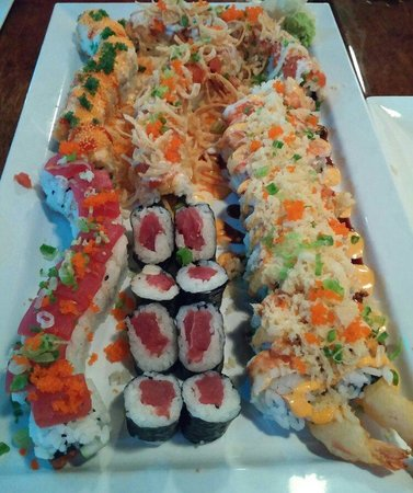 Pisces Sushi and Global Bistro: Thats alot of sushi...